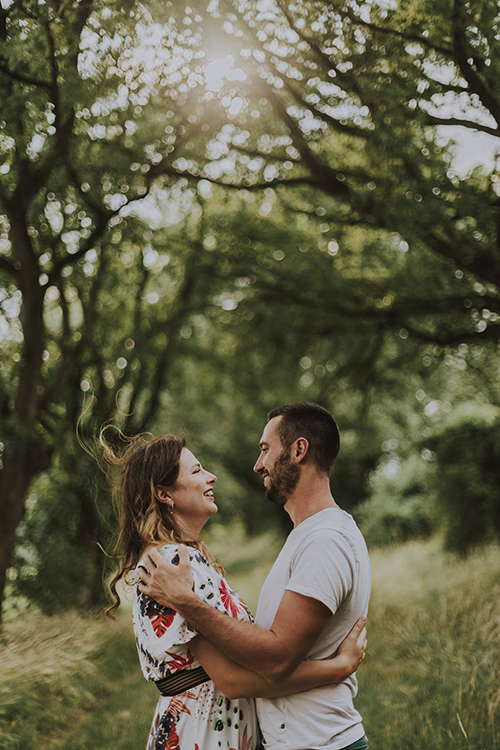 Photo-mariage-portrait-toulouse-couple-France-engagement-portrait-book-mannequin